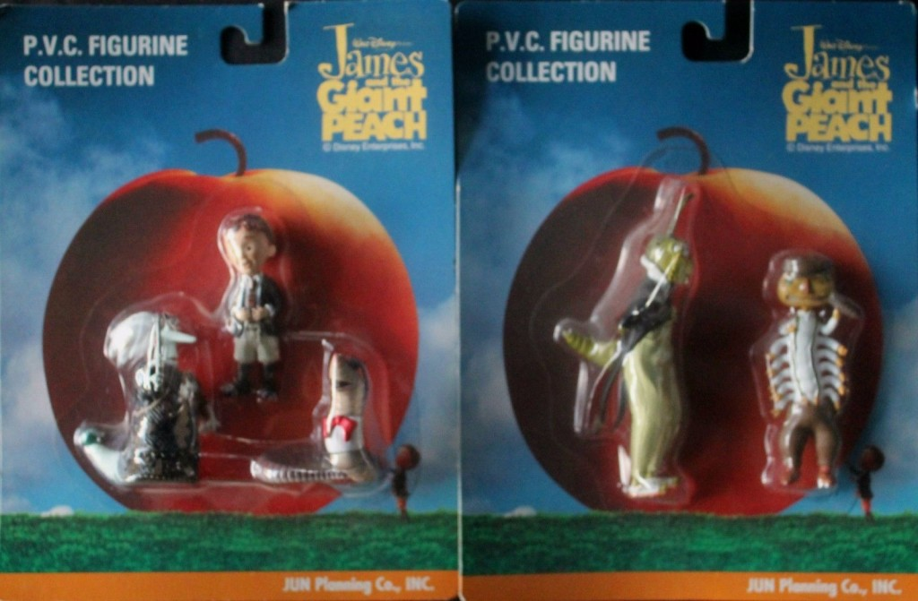 Figurines in packaging